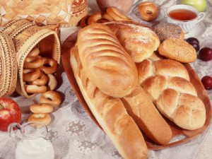 Food_Bread_rolls_croissants_White_bread_and_French_pastries_012829_29